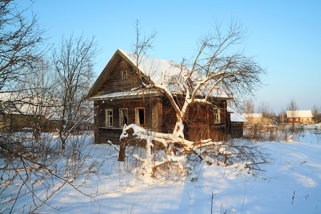 Old rural house in snow Premium Photo