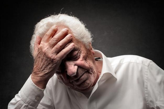 Old unhappy man Premium Photo
