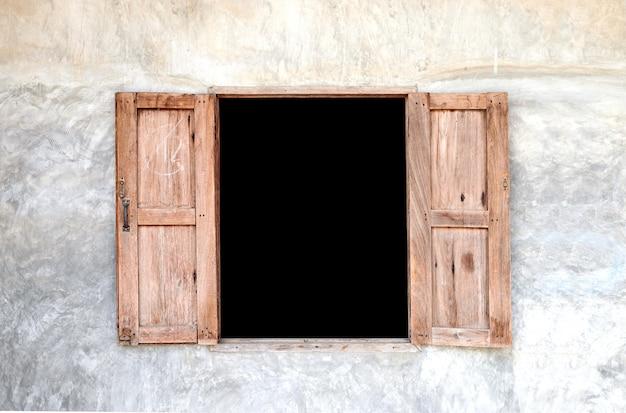 Old wooden window Premium Photo