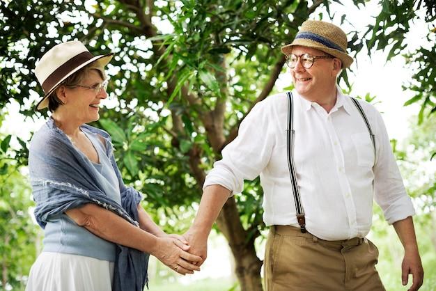 Olderly couple happiness romantic park concept Premium Photo