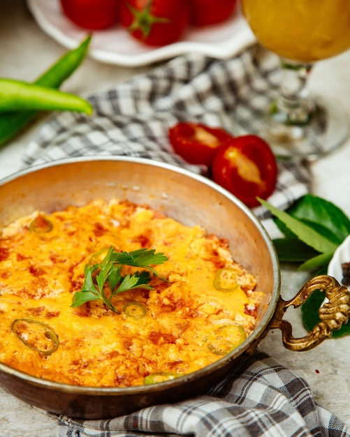 Omelette with green pepper and herbs Free Photo