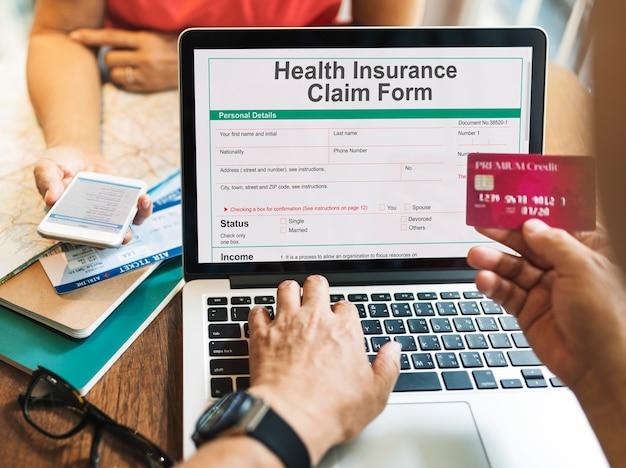 Registrazione dell'assicurazione sanitaria online Foto Gratuite