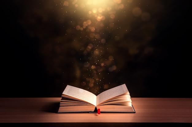 열린 된 책 및 성경 배경 프리미엄 사진