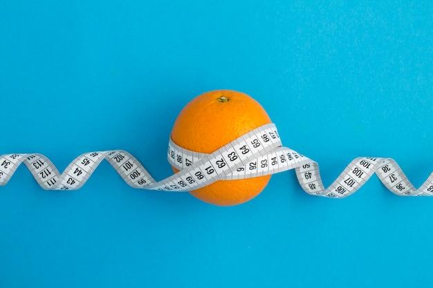 Оранжевый и белый сантиметр Premium Фотографии
