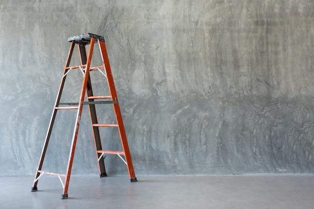 ladder safety tips toolbox talk