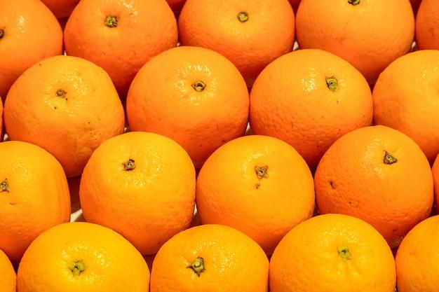 Oranges in large quantity Free Photo
