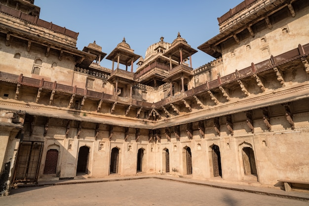 Orchha palace, interior with courtyard and stone carvings, backlight. also spelled orcha. Premium Photo