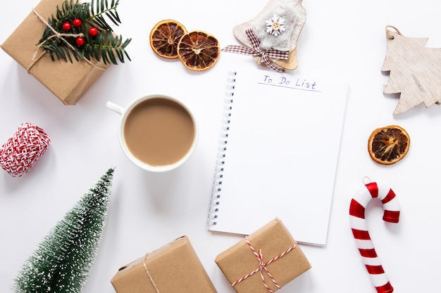 Organized table with notebook and decorations Free Photo