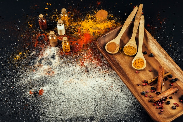 Oriental spices composition Free Photo