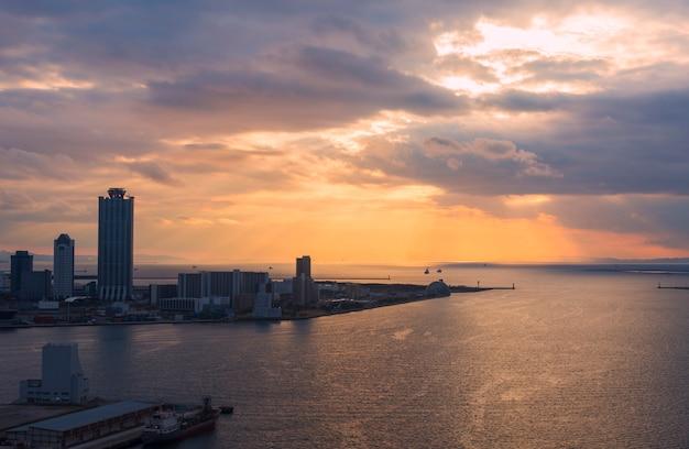 Osaka-wan view on tempozan, osaka japan Premium Photo