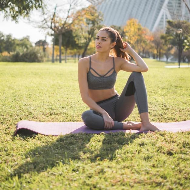 Outdoor yoga Free Photo