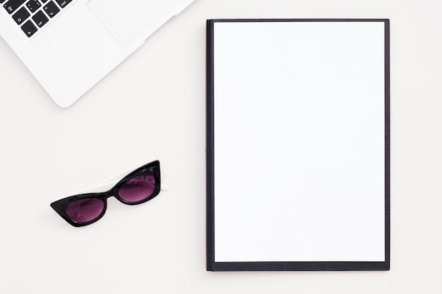 Overhead minimalist desk concept Free Photo