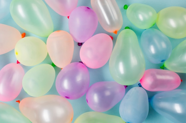 An overhead view of colorful balloons Free Photo