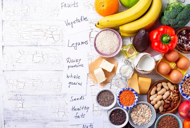 Ovo-lacto вегетарианская концепция здорового питания. Premium Фотографии
