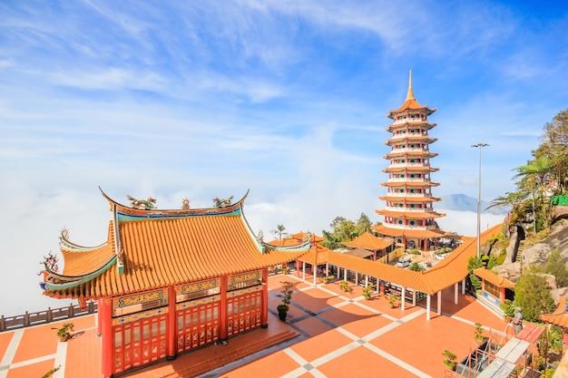 Pagoda at chin swee temple, genting highland | Premium Photo