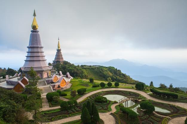 Pagoda Premium Photo
