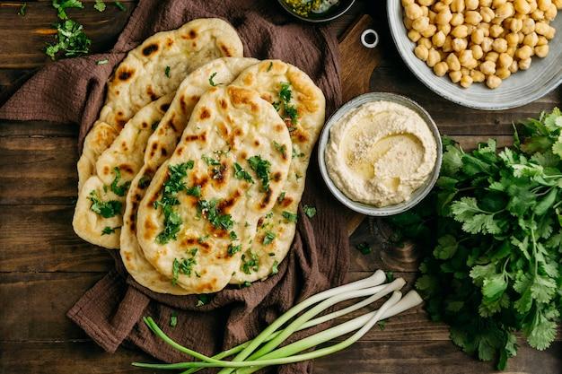 보기 위의 천에 파키스탄 음식 무료 사진