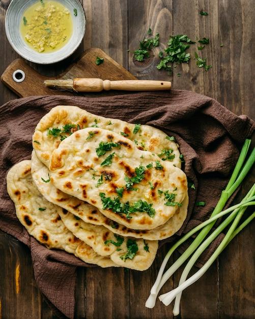 천 평면도에 파키스탄 음식 무료 사진