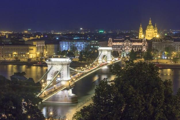 Panorama of budapest landmark, hungary, chain bridge and danube river Premium Photo
