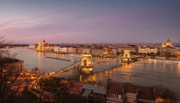 Panorama of central budapest in the evening Premium Photo