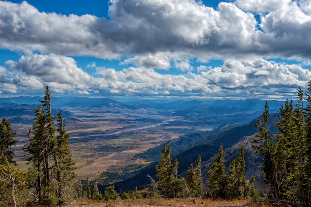 Panoramic view from top of rendezvous mountain in grand teton national park Premium Photo