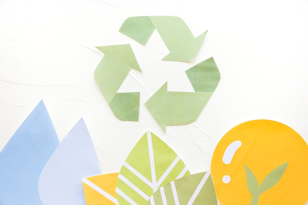 Paper applications with recycle logo Free Photo