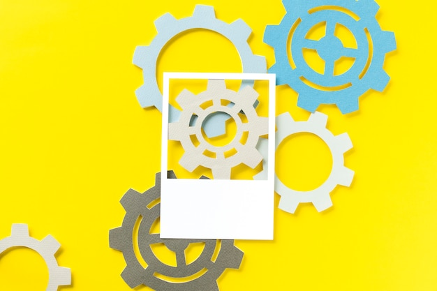 Paper craft art of cogs Free Photo