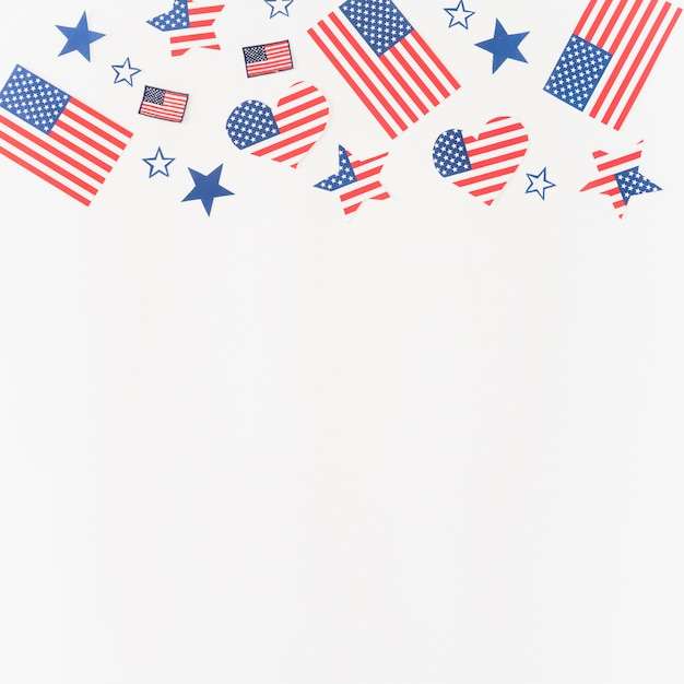 Paper figures in colors of american flag Free Photo