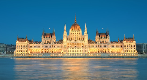 Parliament building in budapest, hungary in evening lights Premium Photo