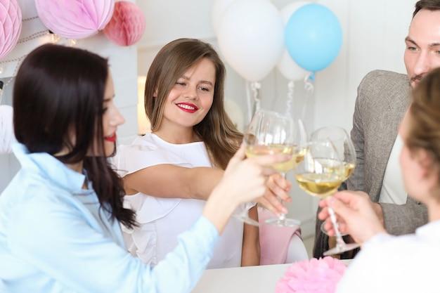 Праздник дома с друзьями Бесплатные Фотографии