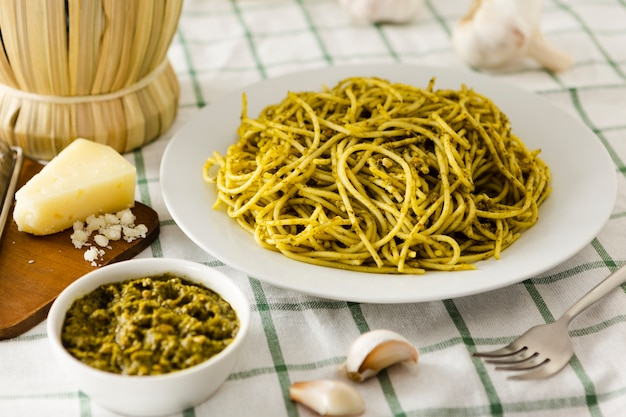 Pasta plate with cheese and garlic Free Photo