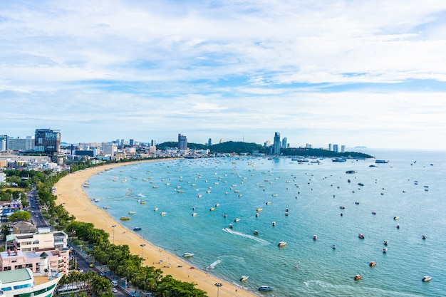 Pattaya thailand - 26 july 2019 beautiful landscape and cityscape of pattaya city in thailand Free Photo