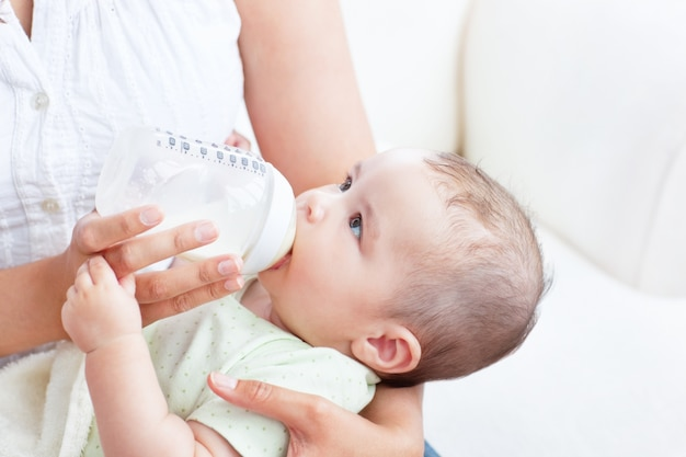 nước rửa bình sữa