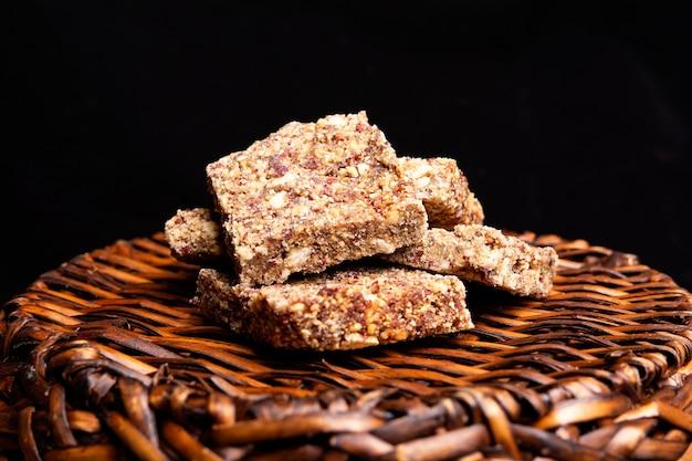 Peanut brittle dessert Premium Photo