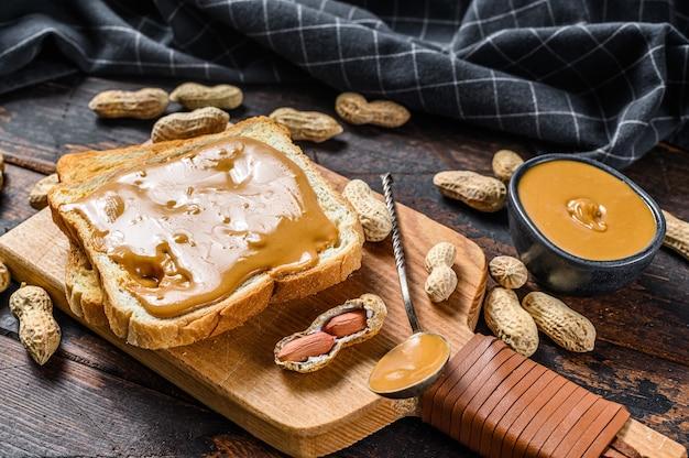 Peanut butter sandwich  toast Premium Photo
