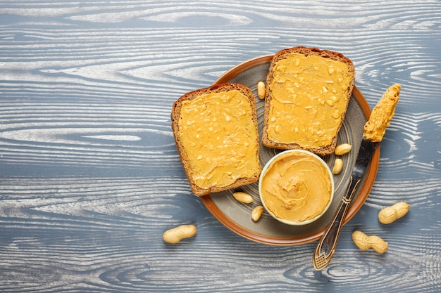 Peanut butter sandwiches or toasts. Free Photo