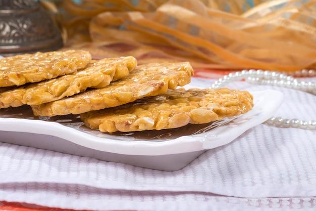 Peanuts chikki Premium Photo