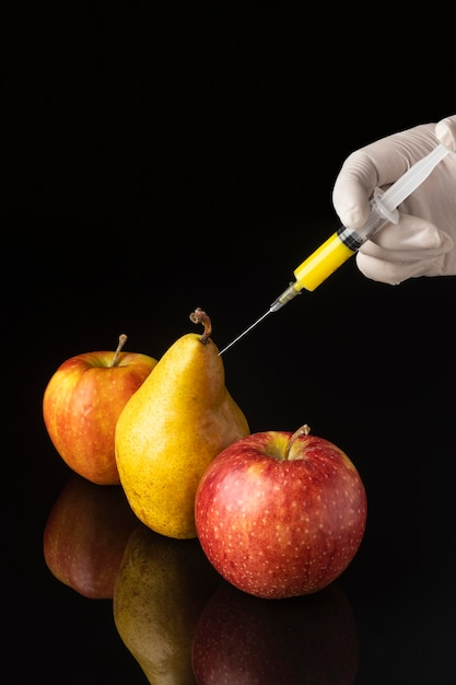梨とリンゴの遺伝子組み換え食品 Premium写真