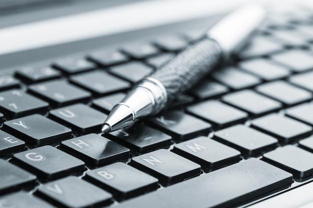 キーボードのペン Premium写真
