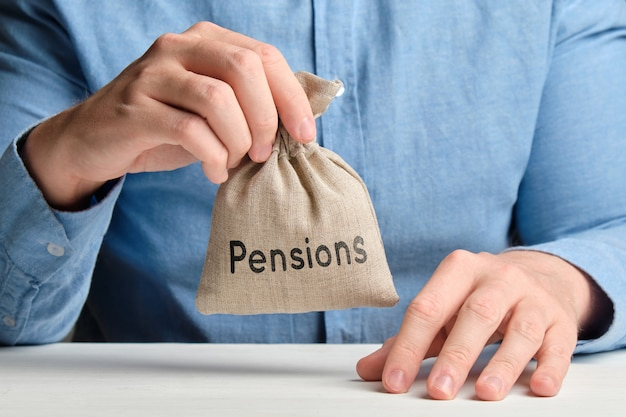 Should I Consolidate my Pensions?