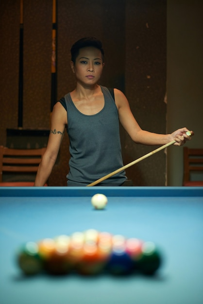 Pensive pool player Free Photo