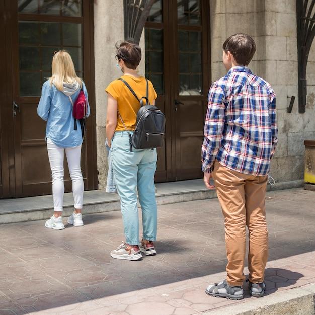People keeping social distancing Premium Photo