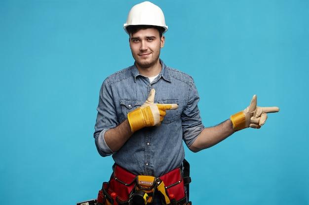 Persone, stile di vita, lavoro manuale, servizio di manutenzione e concetto di occupazione. Foto Gratuite