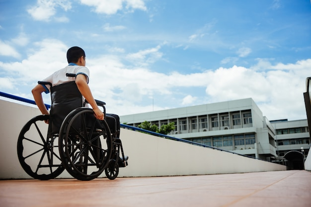 People with disabilities can access anywhere in public place with wheelchair Premium Photo