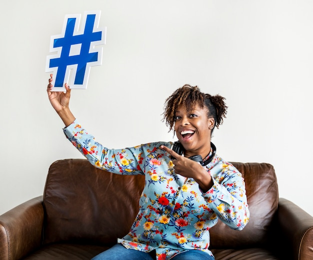 People with hashtag symbol icon Premium Photo