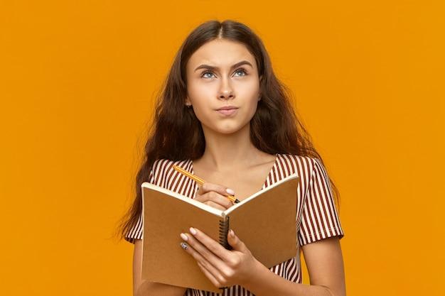 Люди, молодежь, образ жизни и концепция образования. Бесплатные Фотографии