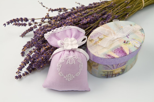 Perfume bag with lavender perfume Premium Photo
