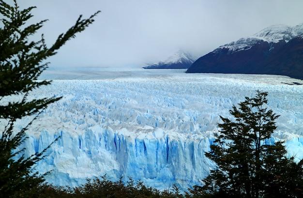 Perito moreno glacier in los glaciares national park, patagonia, argentina Premium Photo