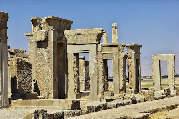 Руины персеполя древней империи в иране Premium Фотографии