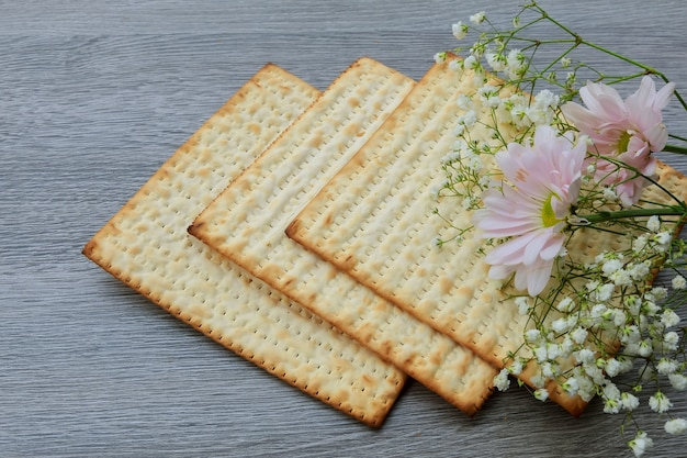 Pesach still-life with  and matzoh jewish passover bread Premium Photo